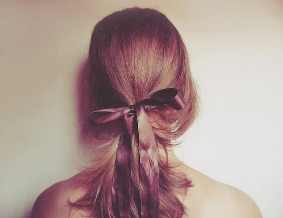 33 Adorable Hairstyles with Bows (13)
