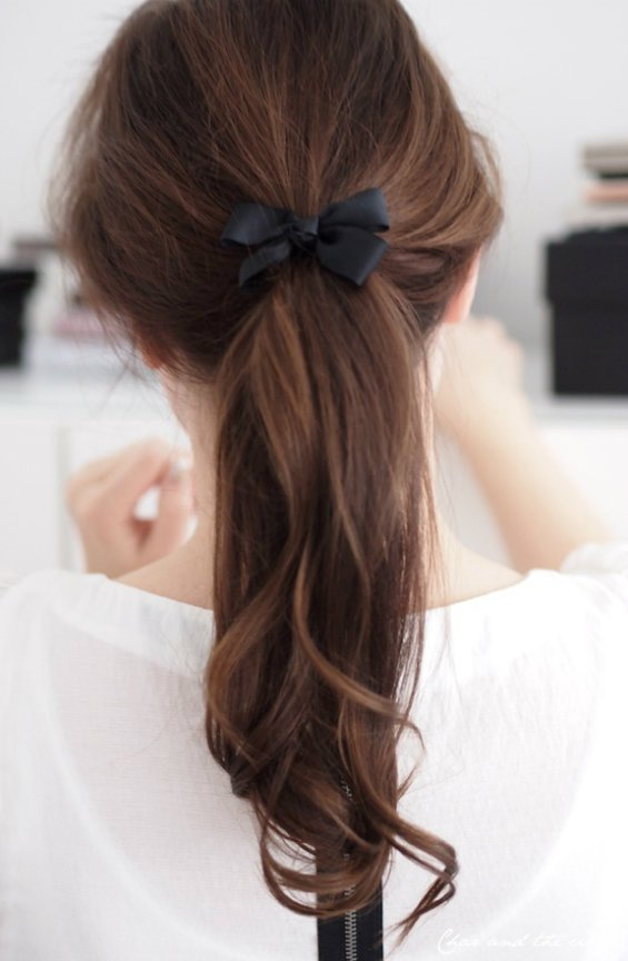 33 Adorable Hairstyles with Bows (15)