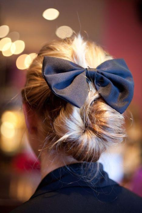 33 Adorable Hairstyles with Bows (2)