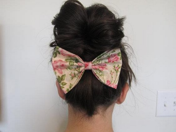33 Adorable Hairstyles with Bows (22)