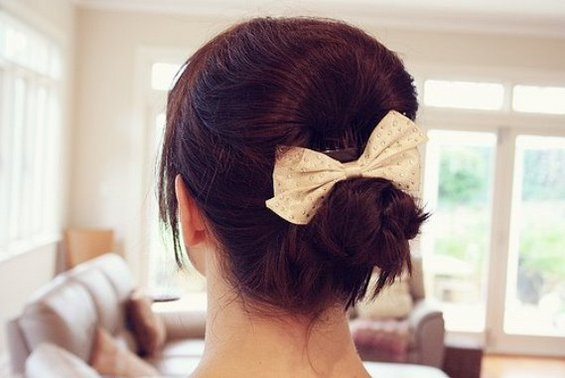 33 Adorable Hairstyles with Bows (25)
