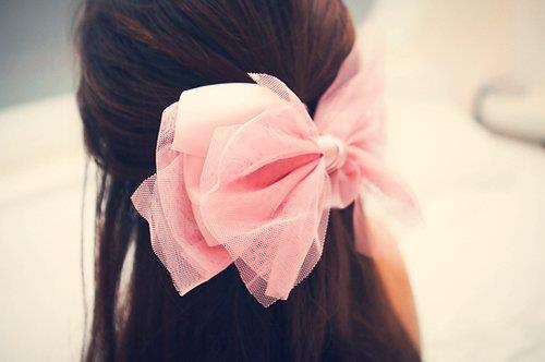 32 Adorable Hairstyles with Bows - Hairstyles, bows