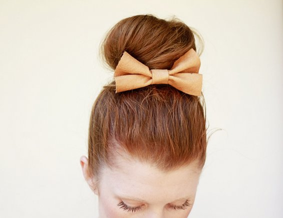 33 Adorable Hairstyles with Bows (8)
