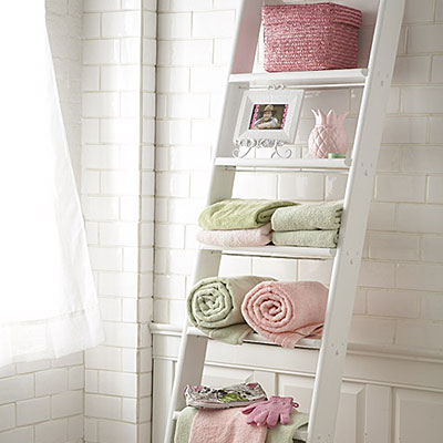 35 Great Storage and Organization Ideas for Small Bathrooms (10)