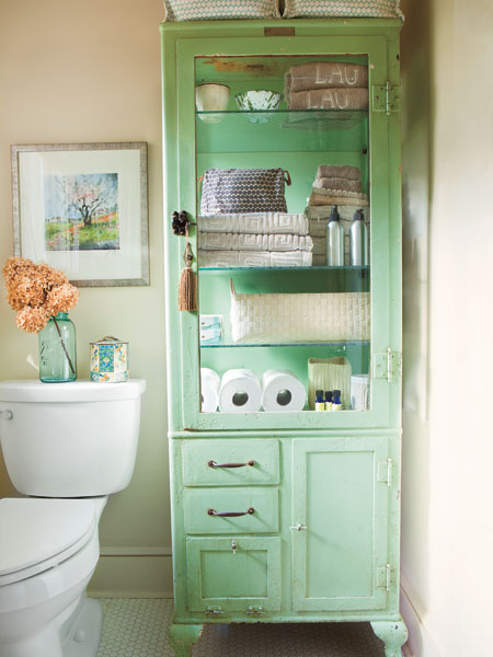 35 Great Storage And Organization Ideas For Small: organizing ideas for small bathrooms