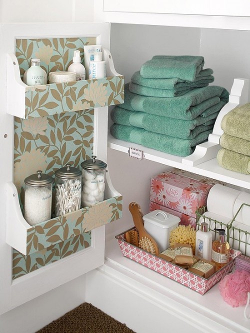 35 Great Storage and Organization Ideas for Small Bathrooms (6)