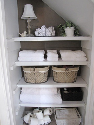35 Great Storage and Organization Ideas for Small Bathrooms (9)