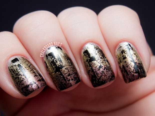 Golden Tones on Your Nails 24 Perfect Nail Art Ideas (14)
