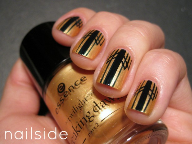 Golden Tones on Your Nails 24 Perfect Nail Art Ideas (19)