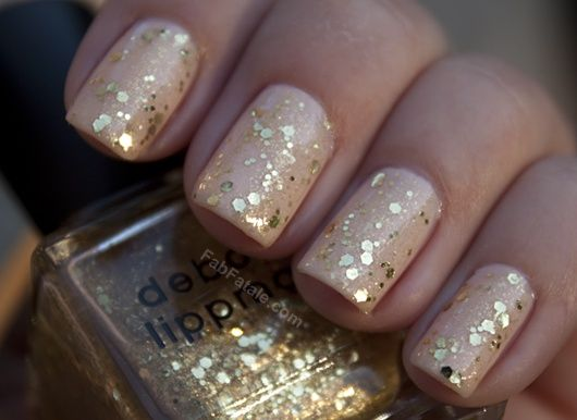 Golden Tones on Your Nails 24 Perfect Nail Art Ideas (7)