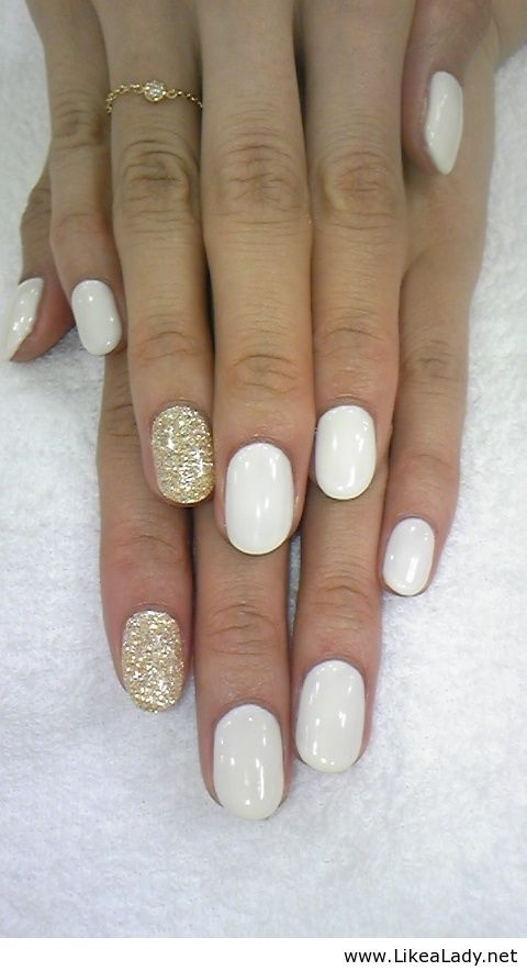 Golden Tones on Your Nails 24 Perfect Nail Art Ideas (8)