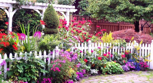 23 amazing flower garden ideas style motivation for Most beautiful garden flowers