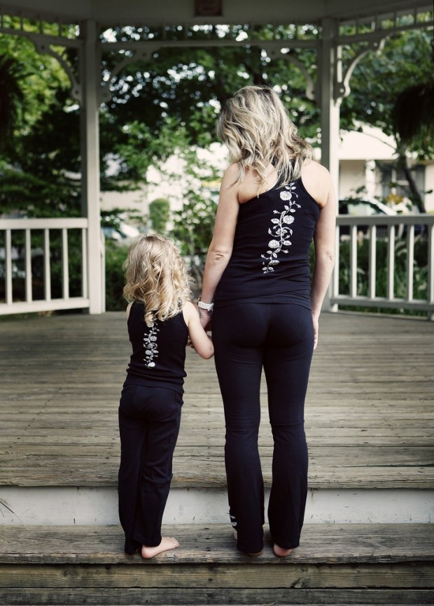 mother daughter matching outfits (7)