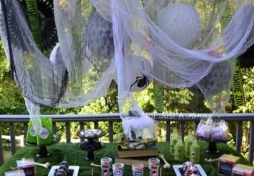 13 Crazy Party Themes for Great Halloween Party - halloween party theme, Halloween party, Halloween decorations