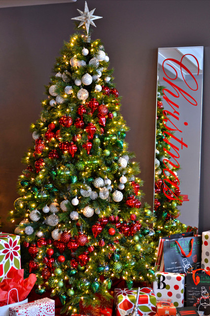 16 Amazing Christmas Tree Decorating Ideas