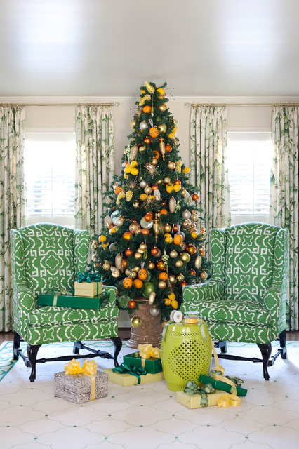 16 Amazing Christmas Tree Decorating Ideas - Style Motivation - photo#27