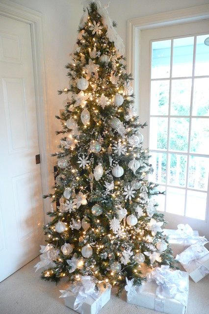 16 Amazing Christmas Tree Decorating Ideas - Style Motivation - photo#4