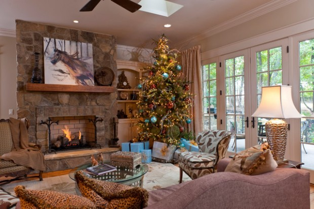 16 amazing christmas tree decorating ideas style motivation - Pictures of decorated living rooms ...