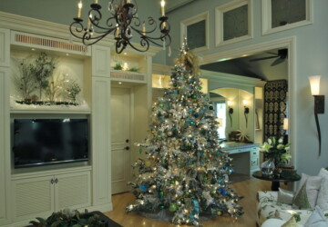 16 Amazing Christmas Tree Decorating Ideas - decoration, Christmas tree, Christmas