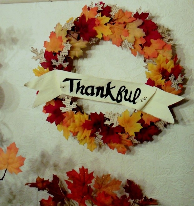 17 creative and easy diy home decor crafts for the for Easy diy thanksgiving crafts