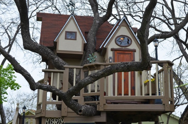 18 Amazing Tree House Design Ideas that Your Kids Will Love (1)