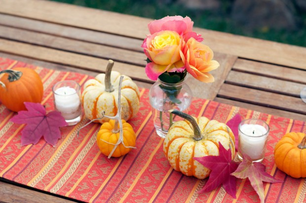 18 Great Thanksgiving Table Centerpieces Decoration Ideas (12)