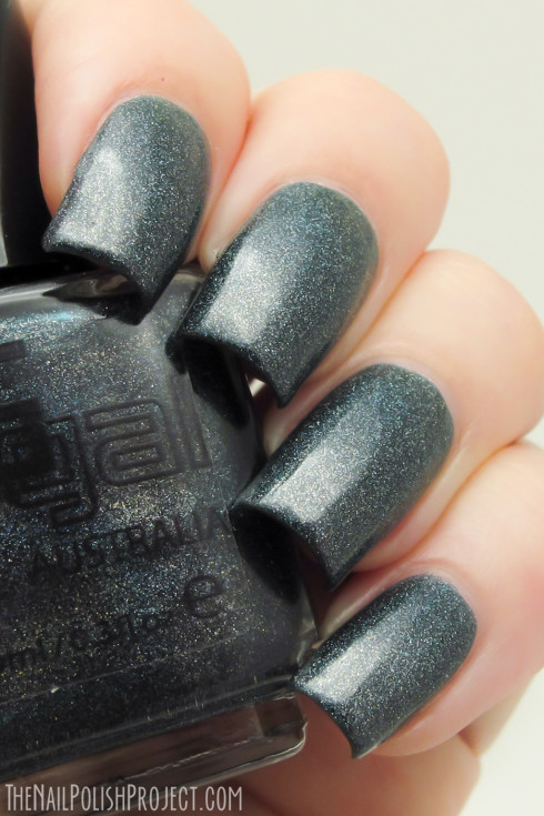 18 Hot Nail Polish Color Trends for This Season (1)