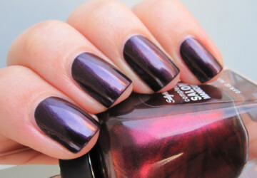 18 Hot Nail Polish Color Trends for This Season - trends, nails, nail polish colors, nail polish color trends, Nail polish