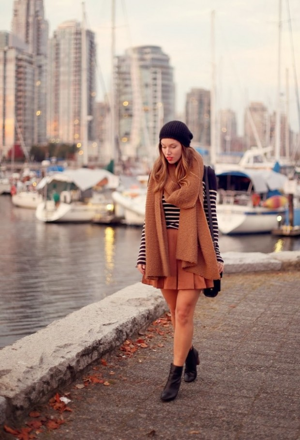 19 Chic and Stylish Outfit Ideas with Scarf for Cold Days (17)
