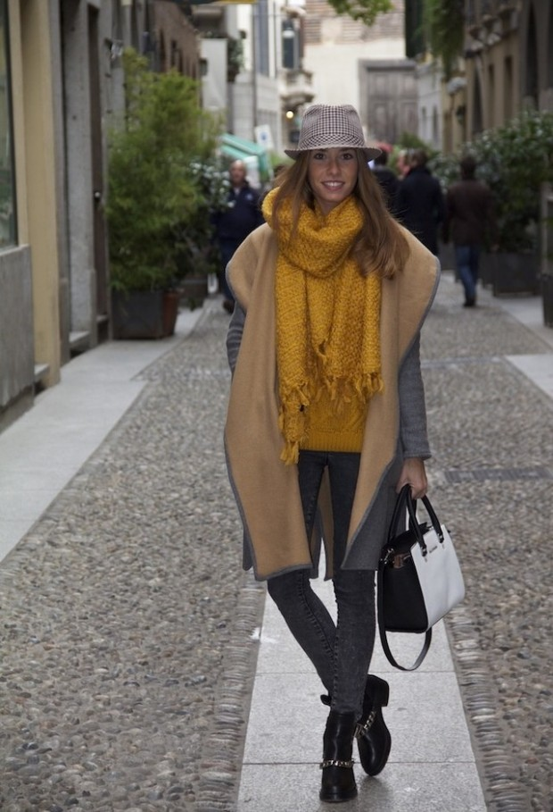 19 Chic and Stylish Outfit Ideas with Scarf for Cold Days (19)