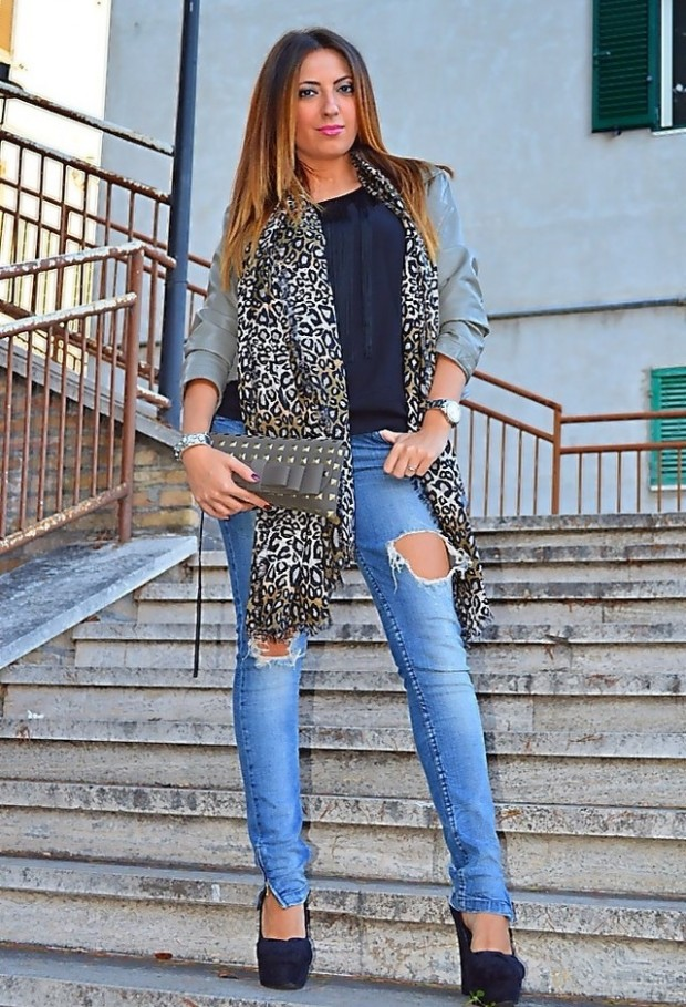 19 Chic and Stylish Outfit Ideas with Scarf for Cold Days (6)