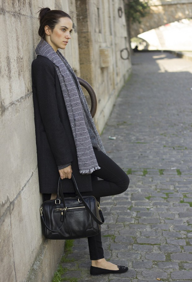19 Chic and Stylish Outfit Ideas with Scarf for Cold Days (8)