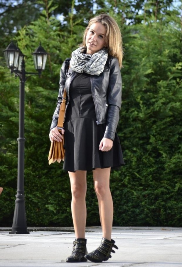 19 Chic and Stylish Outfit Ideas with Scarf for Cold Days (9)
