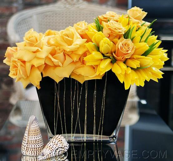 20 Amazing Floral Centerpieces for the Wedding of Your Dreams (15)