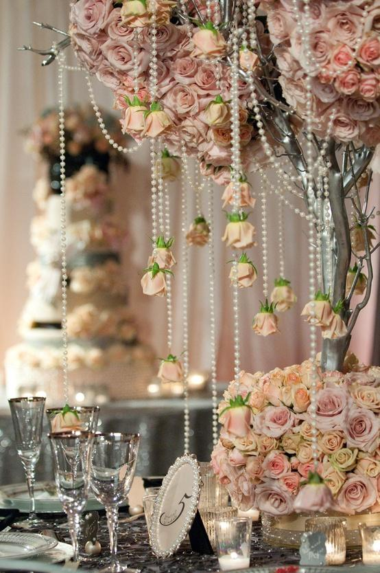 20 Amazing Floral Centerpieces for the Wedding of Your Dreams (20)