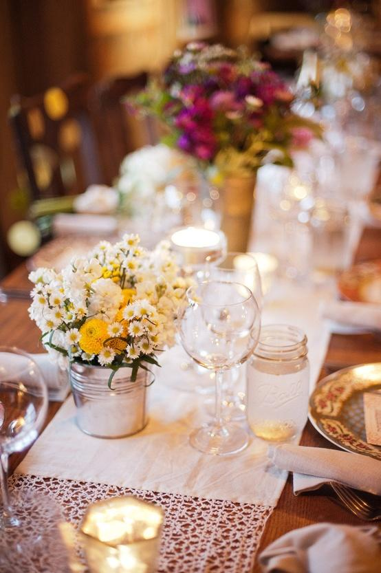 20 Amazing Floral Centerpieces for the Wedding of Your Dreams (3)