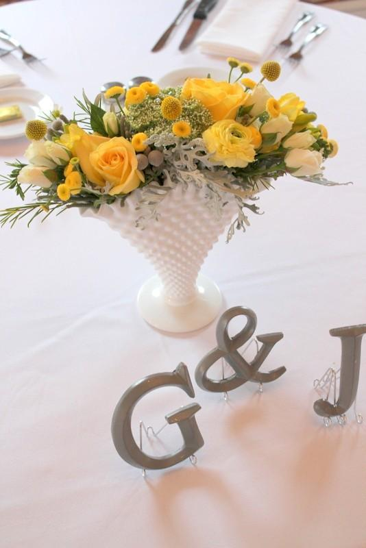 20 Amazing Floral Centerpieces for the Wedding of Your Dreams (5)