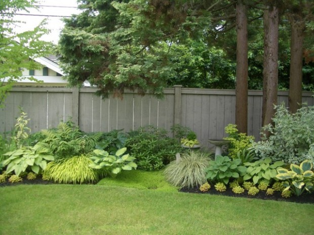 20 Amazing Ideas for Your Backyard Fence Design (17)