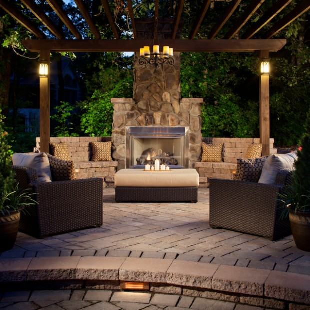 20 Amazing Outdoor Table Décor Ideas (1)