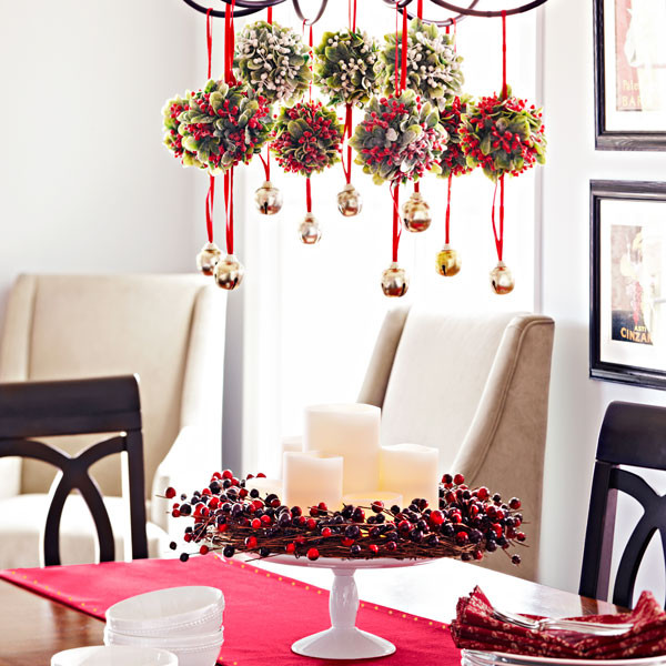 Holiday Home Design Ideas: 19 Amazing Table Centerpiece For Perfect Christmas