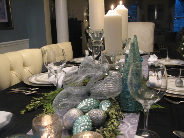 20 Amazing Table Centerpiece for Perfect Christmas Decoration (21)