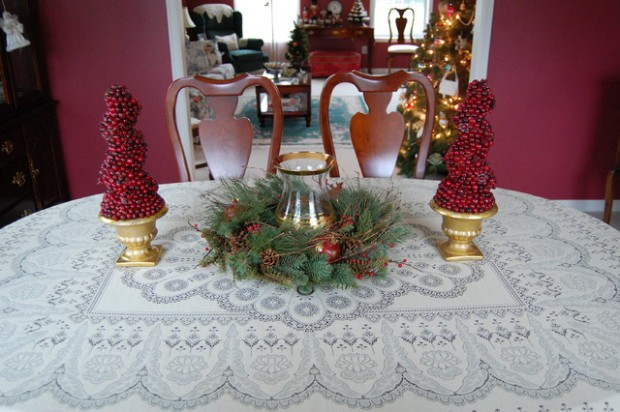 20 Amazing Table Centerpiece for Perfect Christmas Decoration (5)