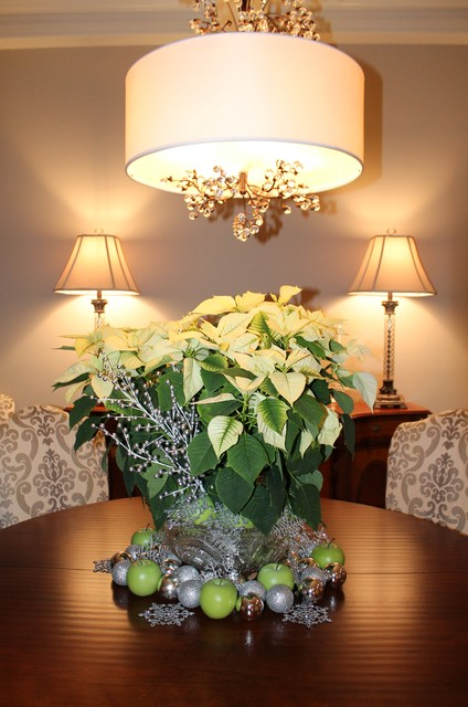 20 Amazing Table Centerpiece for Perfect Christmas Decoration (9)