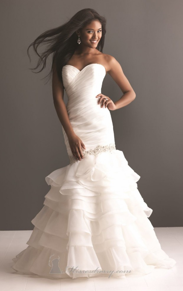 20 Beautiful Wedding Dresses for the Modern Bride (12)