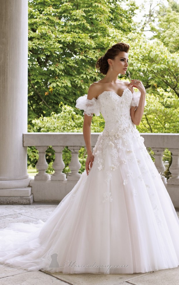 20 Beautiful Wedding Dresses for the Modern Bride (18)