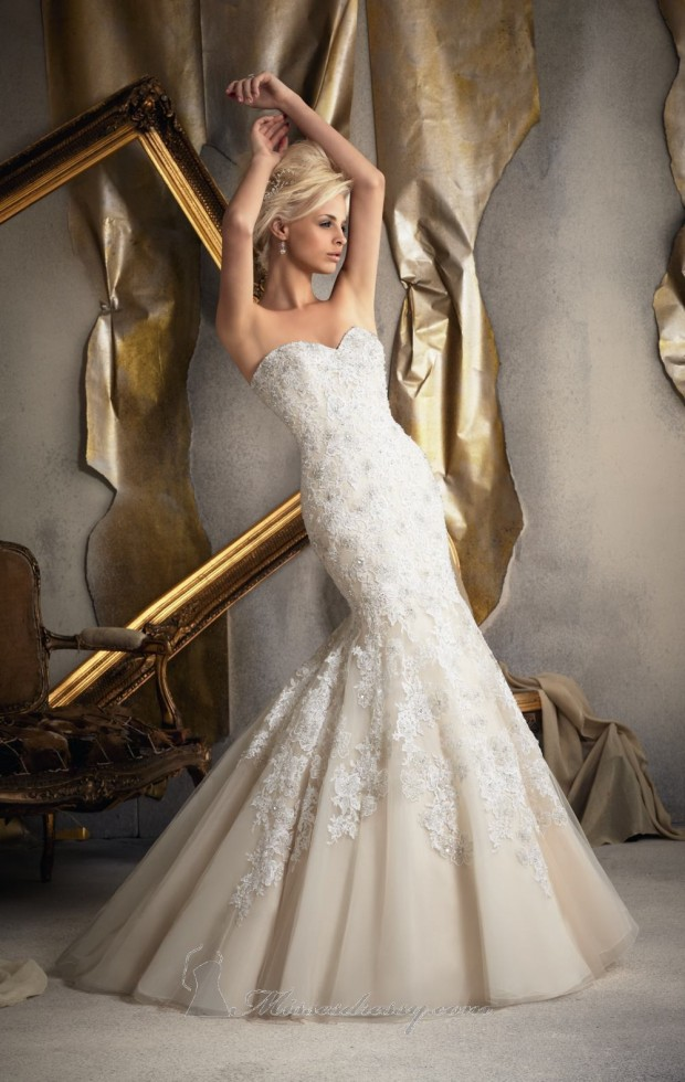 20 Beautiful Wedding Dresses for the Modern Bride (8)