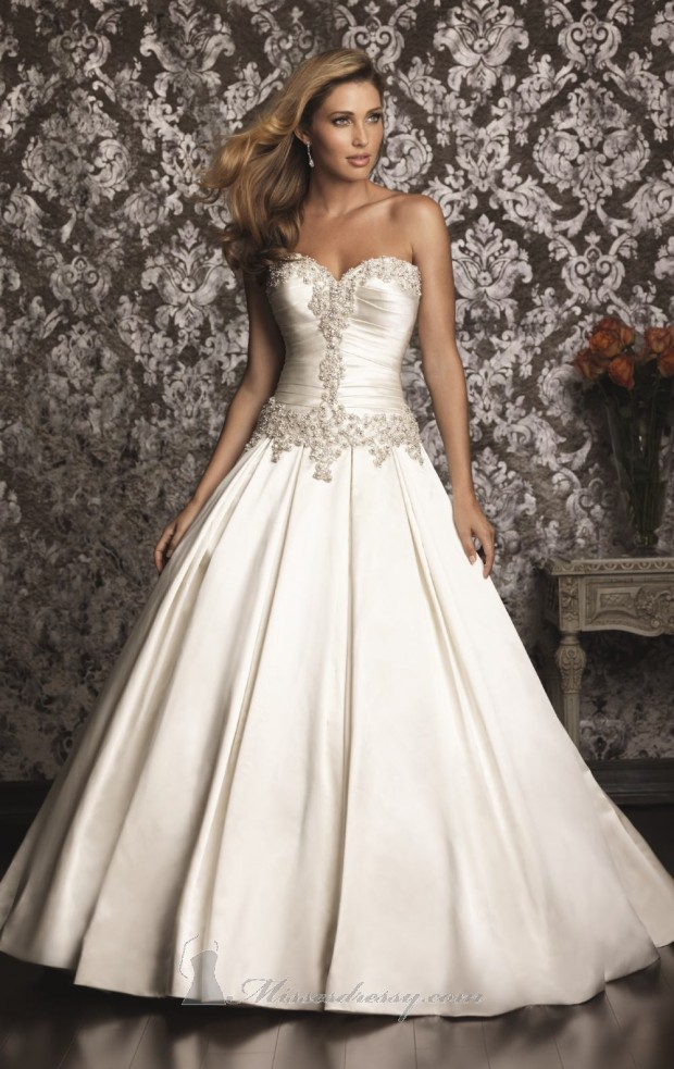 Elegant Wedding Dresses Images : Elegant wedding dress classic and dresses style