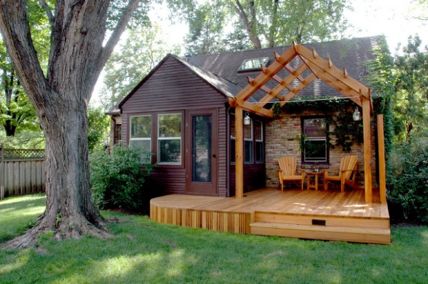 Stupendous 18 Cute Small Houses That Look So Peaceful Style Motivation Largest Home Design Picture Inspirations Pitcheantrous