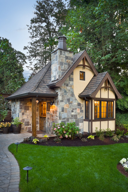 18 Cute Small Houses That Look So Peaceful