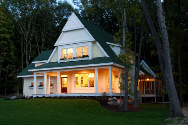 20 Cute Small Houses That Look So Peaceful (7)